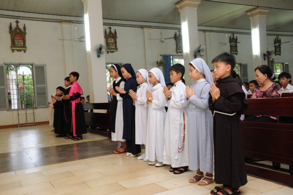 Thánh lễ cầu nguyện cho Ơn Thiên Triệu và Mừng kính Thánh Đaminh Savio- Bổn mạng Lễ sinh tại giáo xứ Đất Đỏ